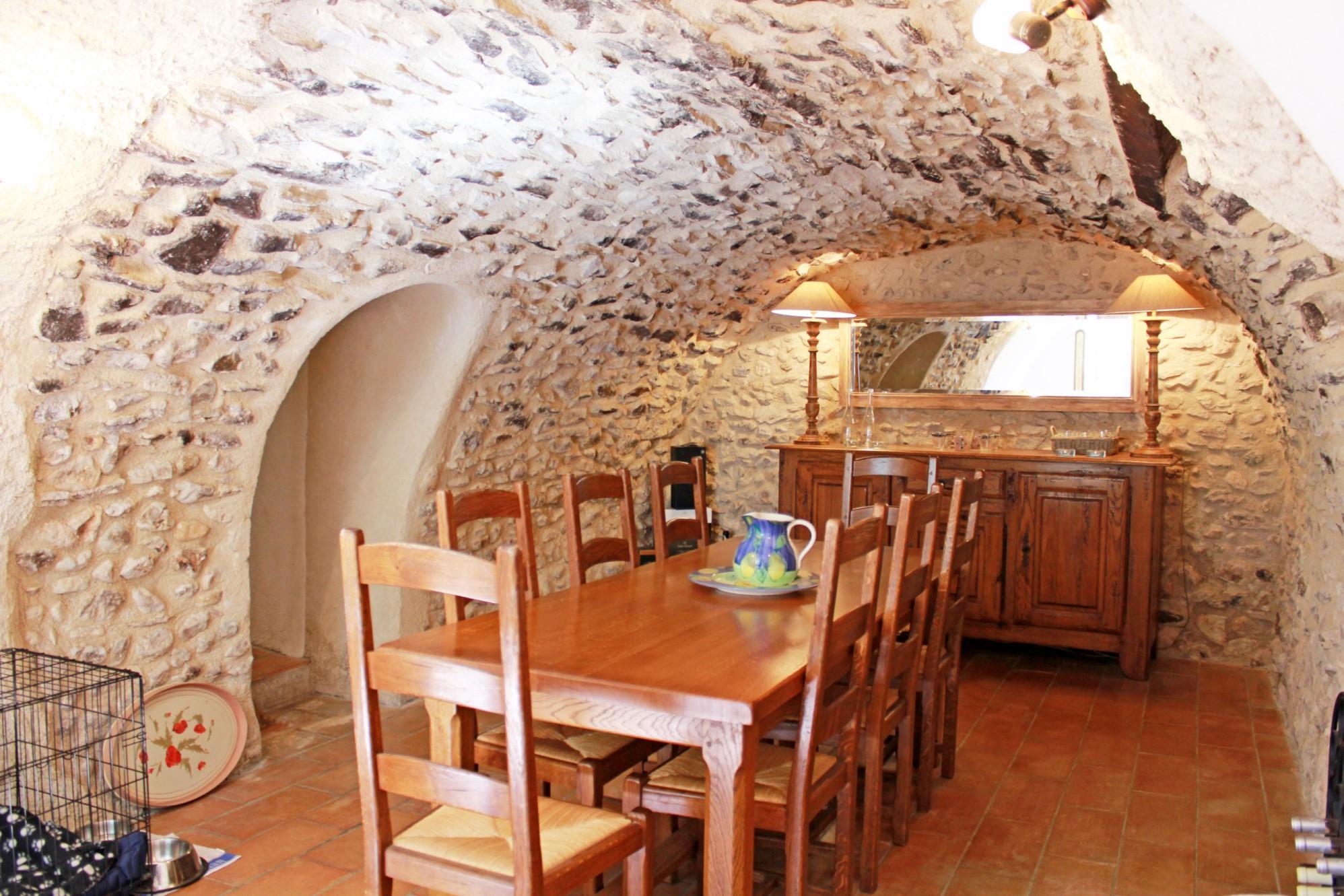 Maison ancienne avec jardin et piscine à vendre en Provence