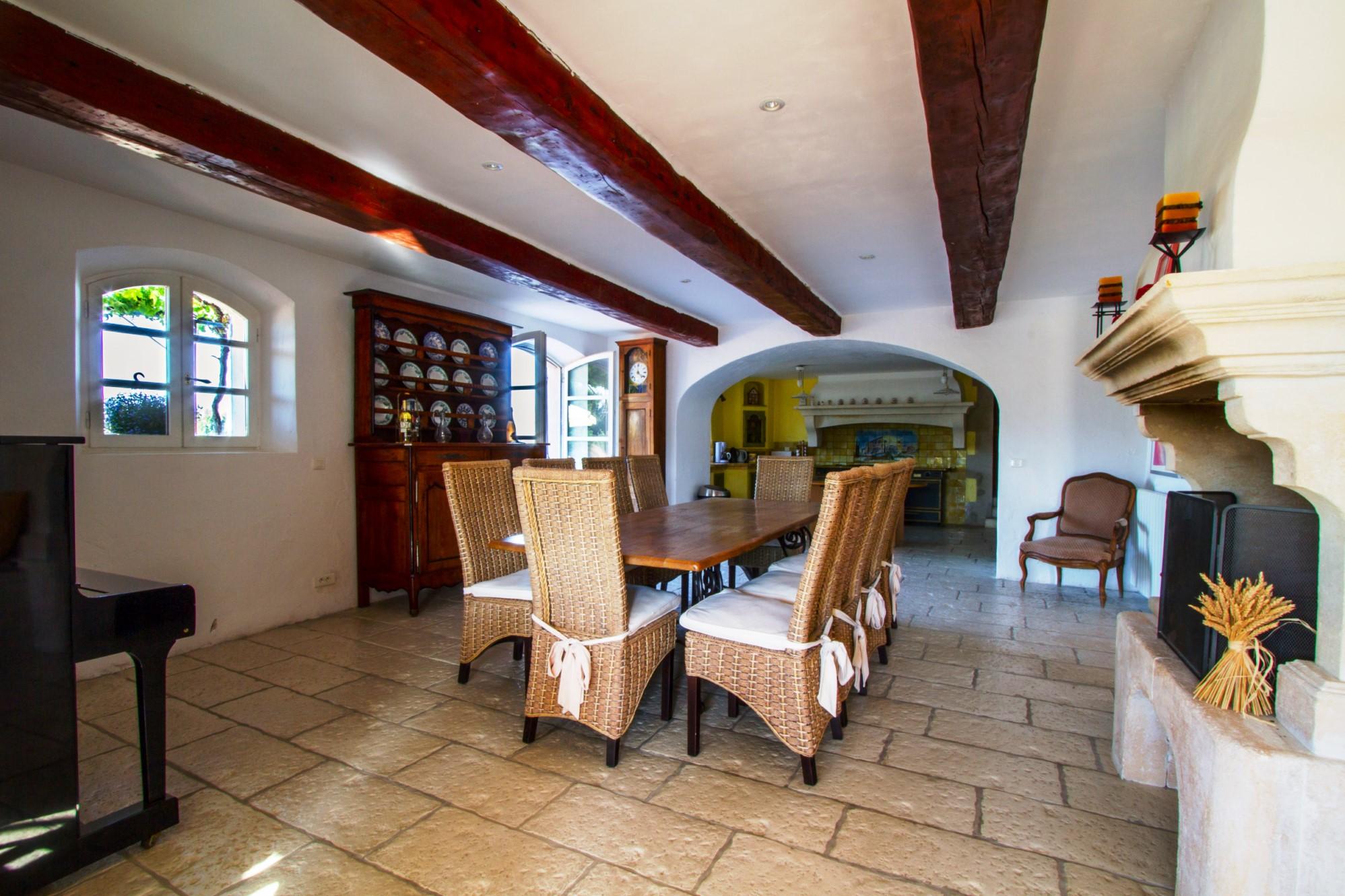 Belle maison à vendre par ROSIER en Provence