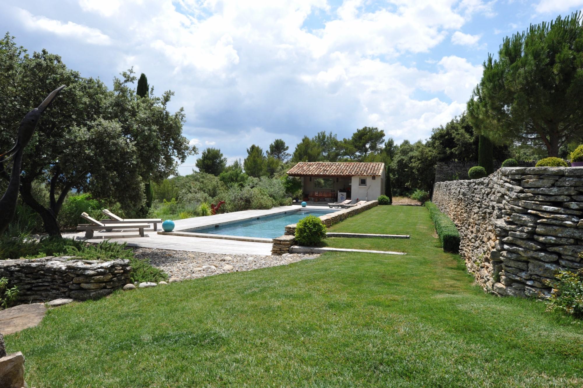 Belle propriété avec piscine à vendre en Provence