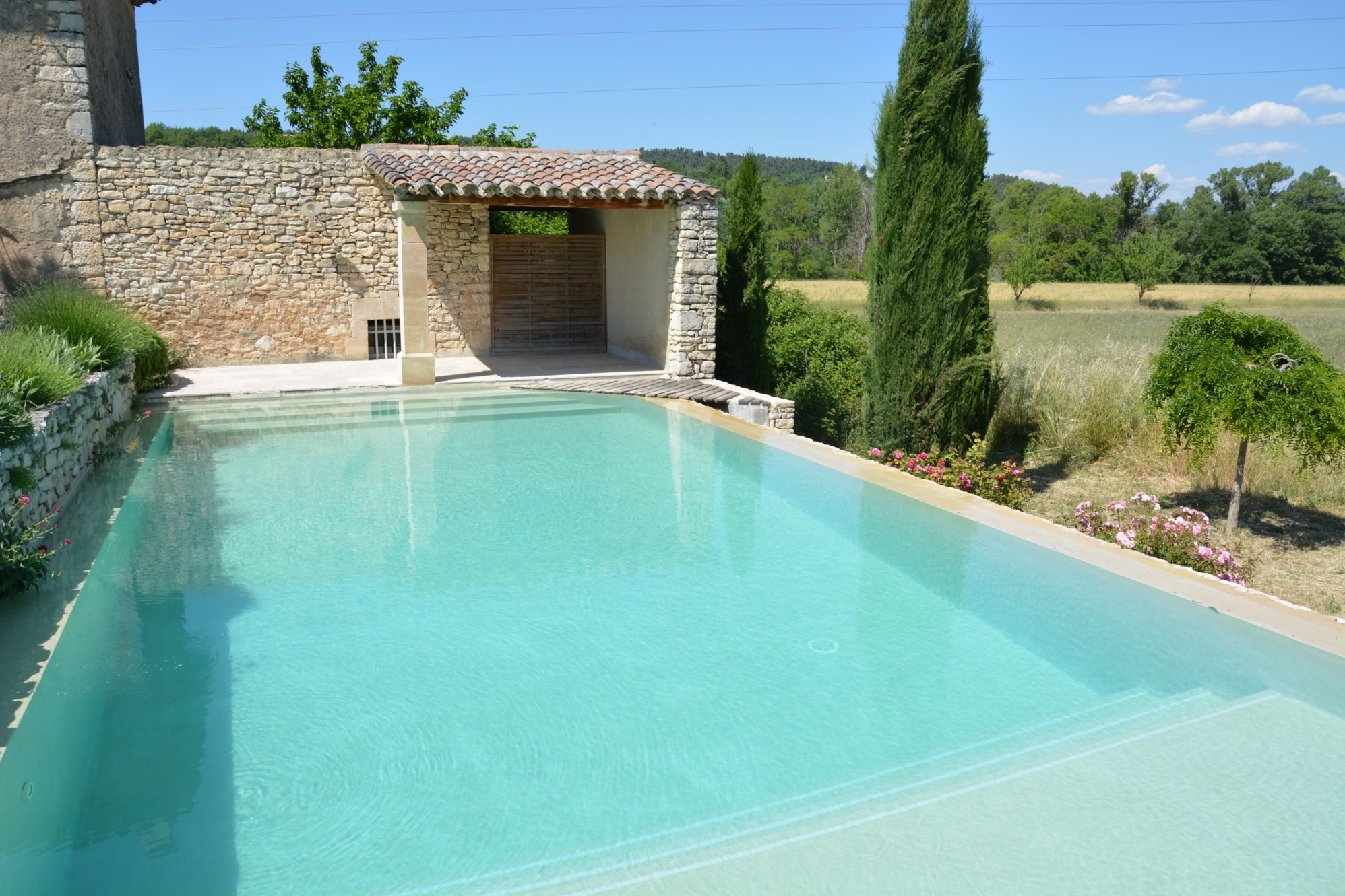 Property with pool for sale in Luberon by ROSIER