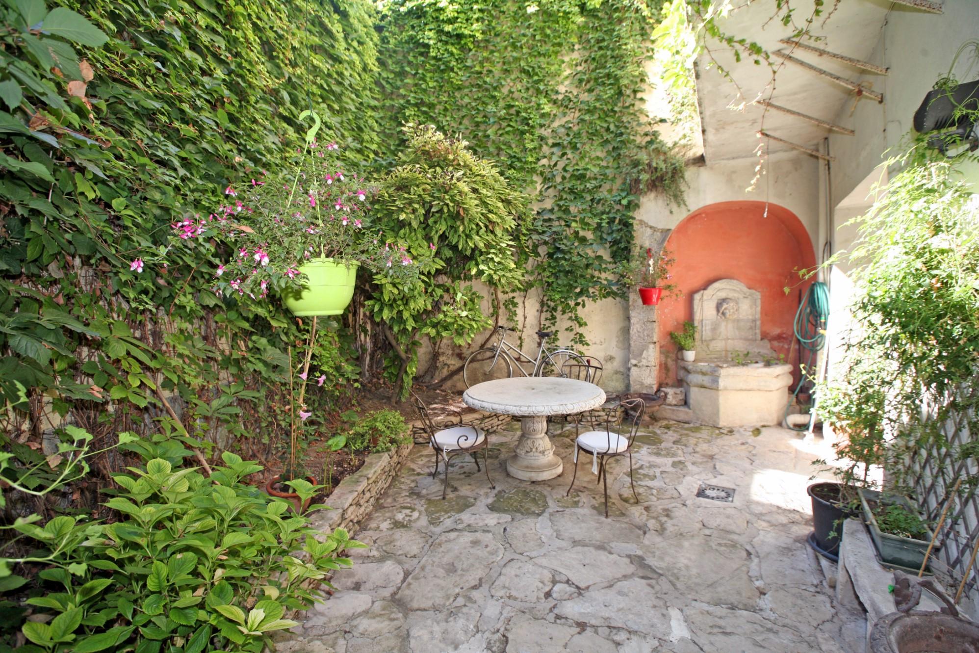 Elégante maison bourgeoise à vendre aux portes du Luberon