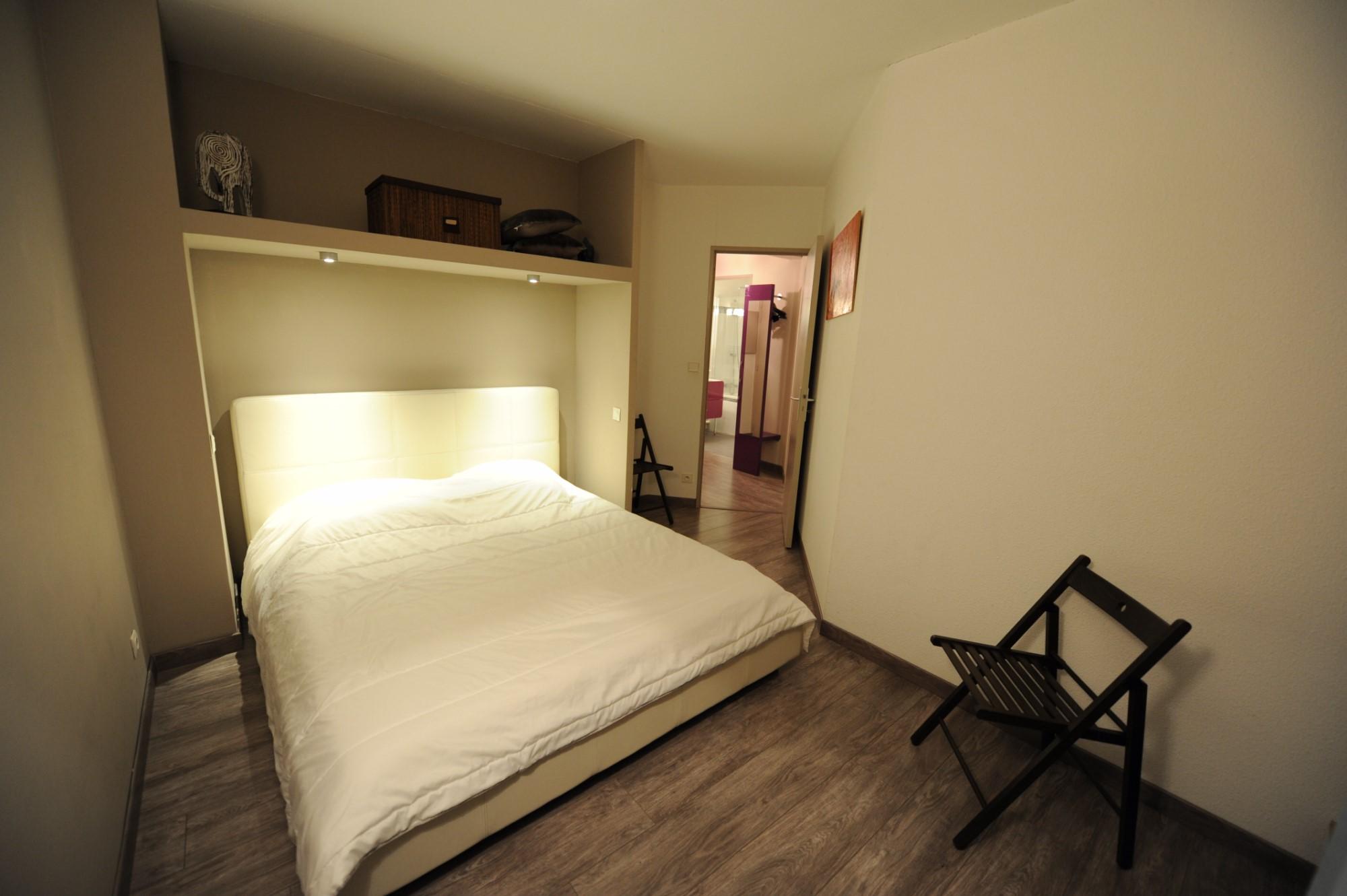 AVIGNON Intra Muros, charmant appartement au calme, excellente situation