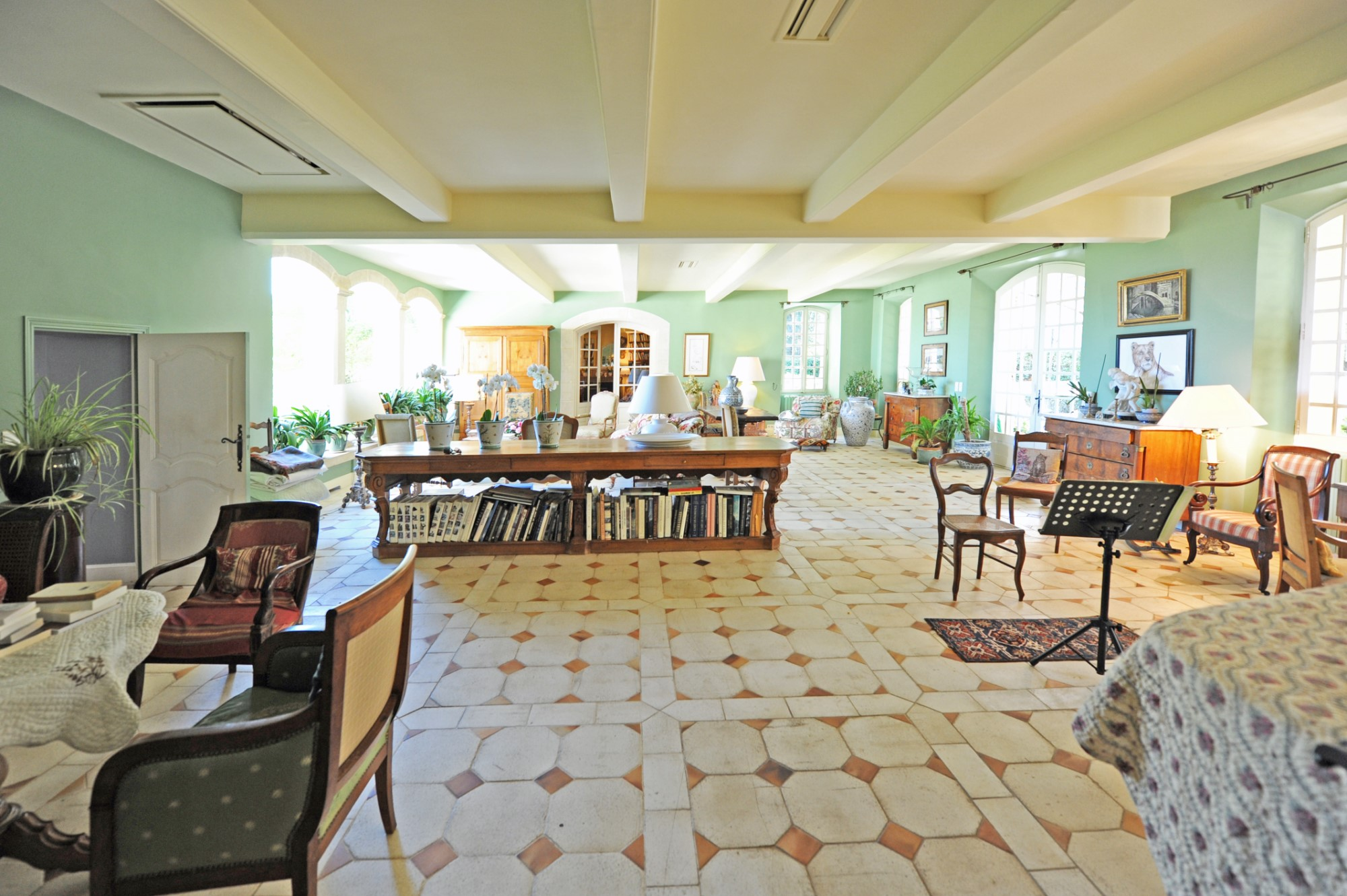 Rare property for sale in Provence