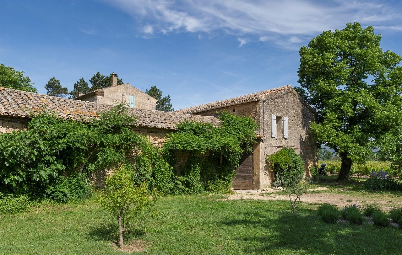 Maison restaurée avec goût à vendre en Luberon