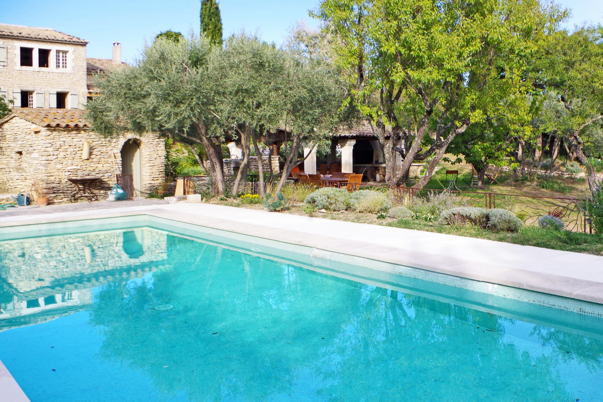 Close To The Heart Of The Village Of Gordes Property With