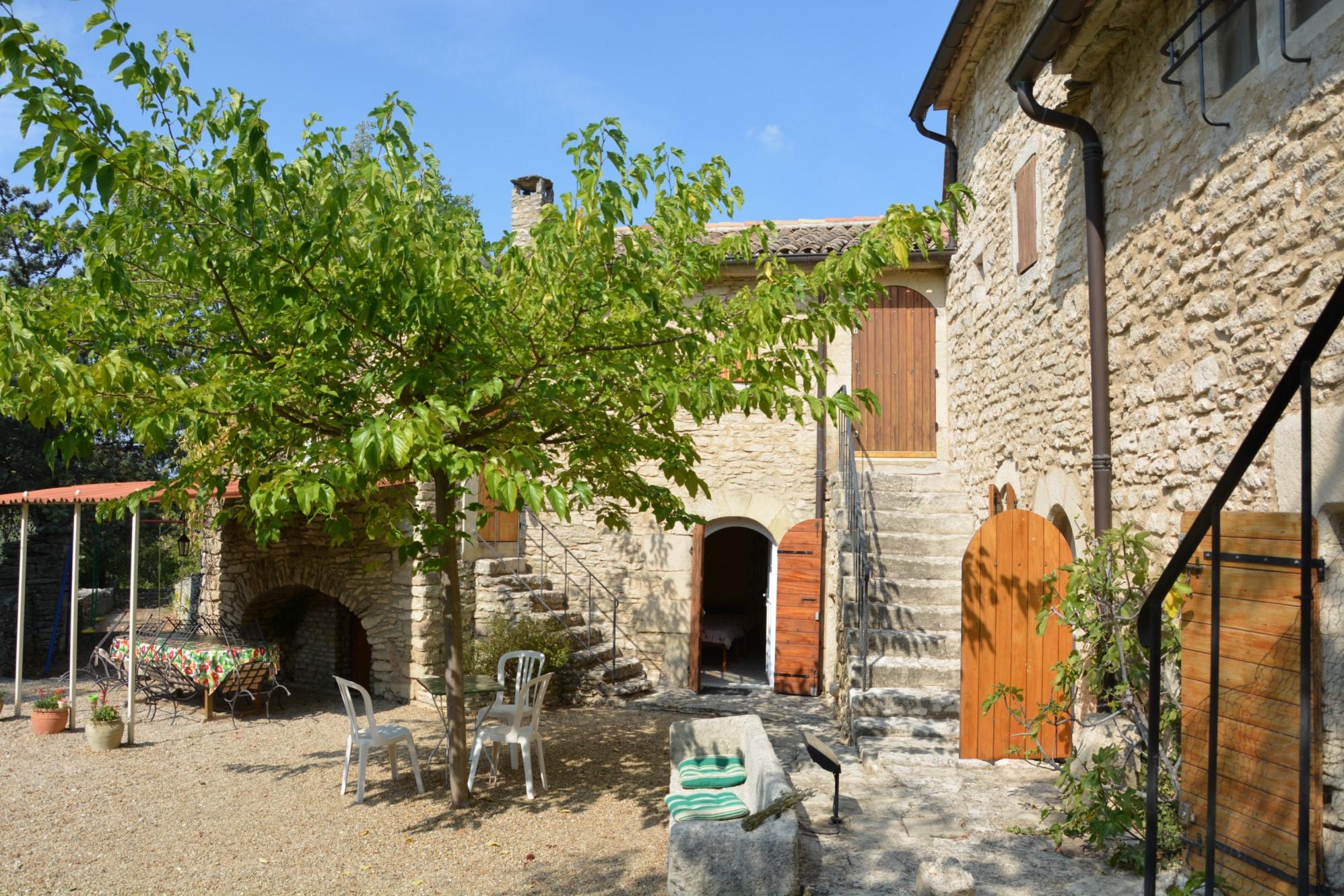 Bergerie rénovée à vendre en Provence