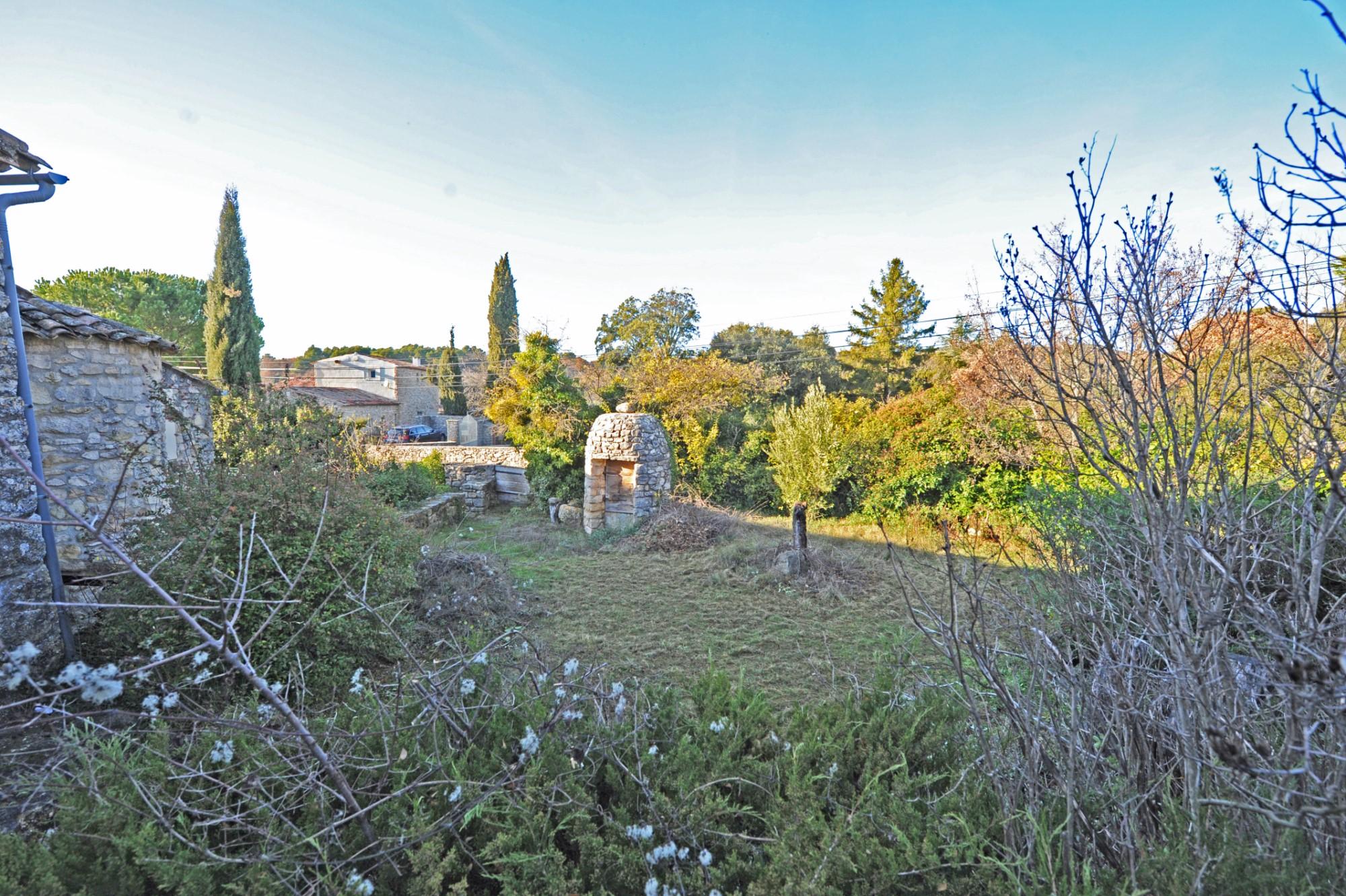 Maison de hameau avec jardin à vendre