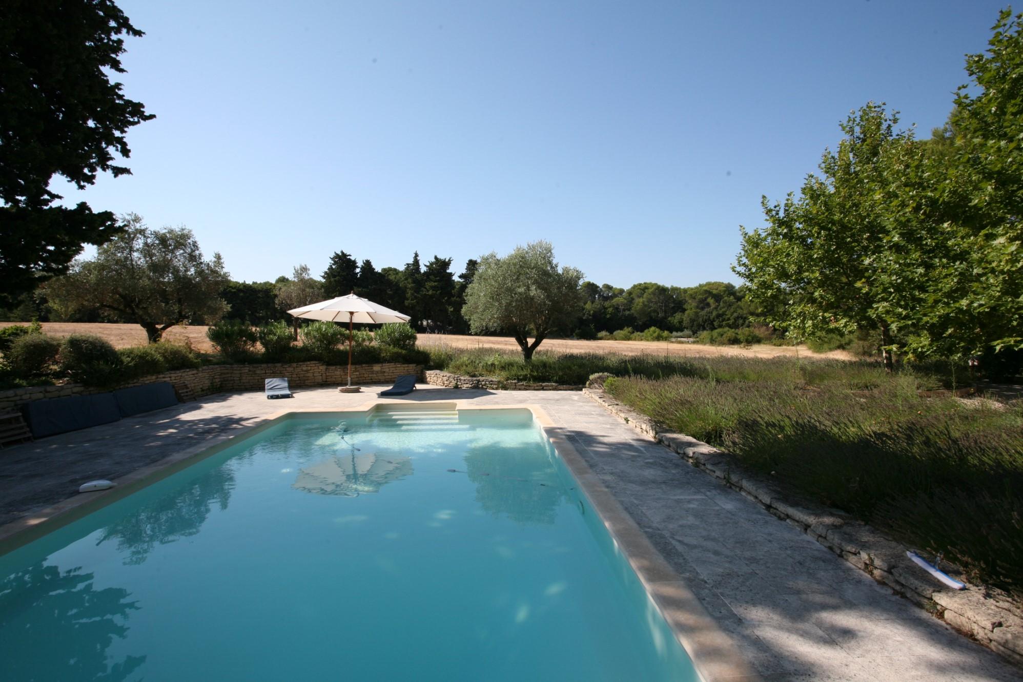 Propriété avec piscine en Comtat Vénaissin