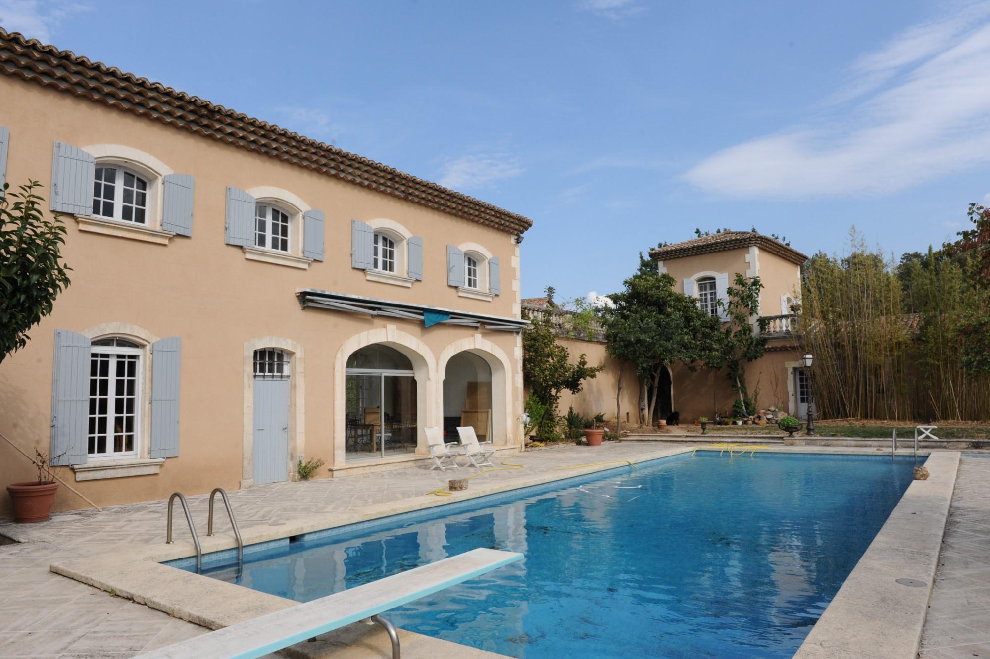 Propriété viticole avec piscine en Luberon