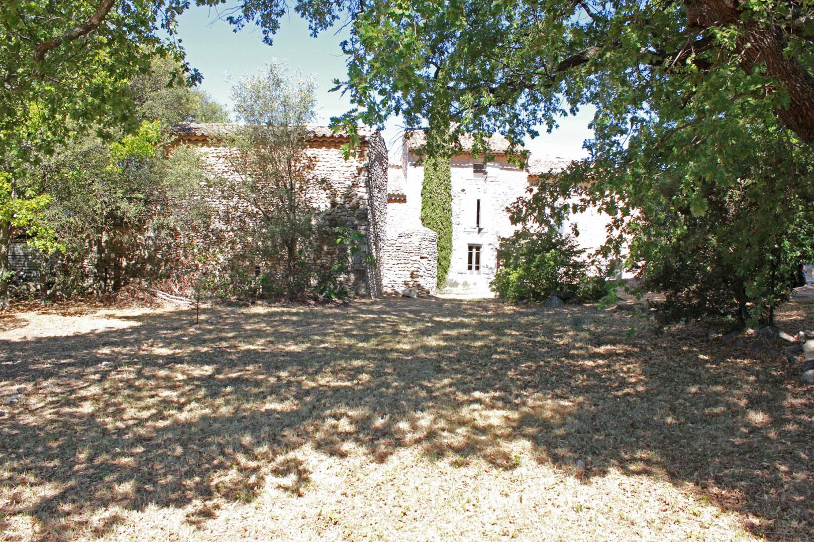 Terrain constructible en Provence