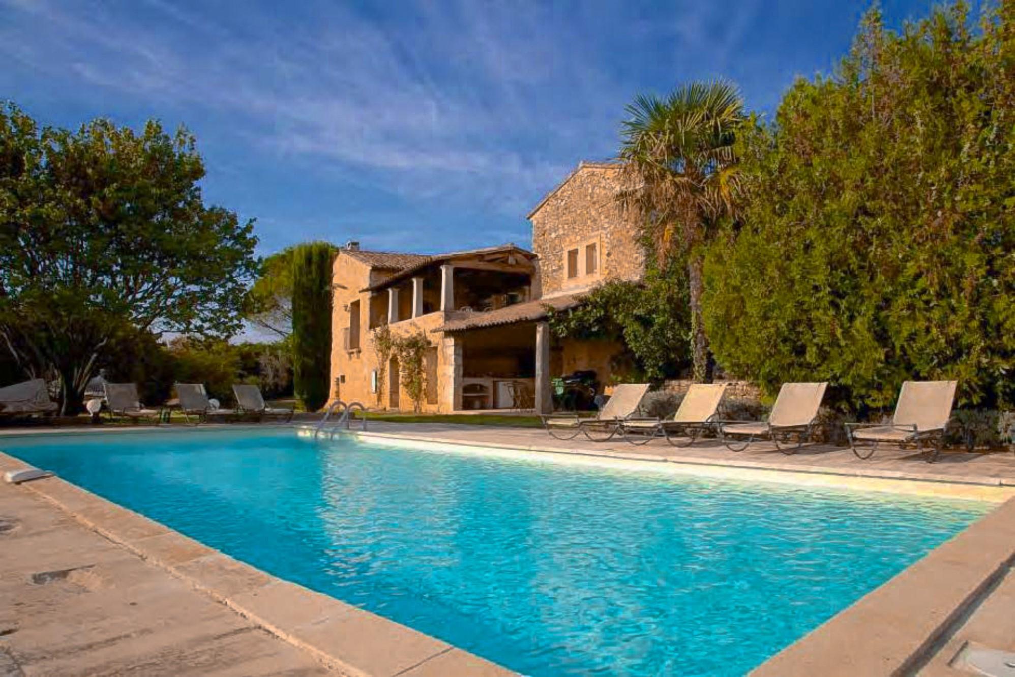 Maison avec piscine à vendre au cœur du Luberon