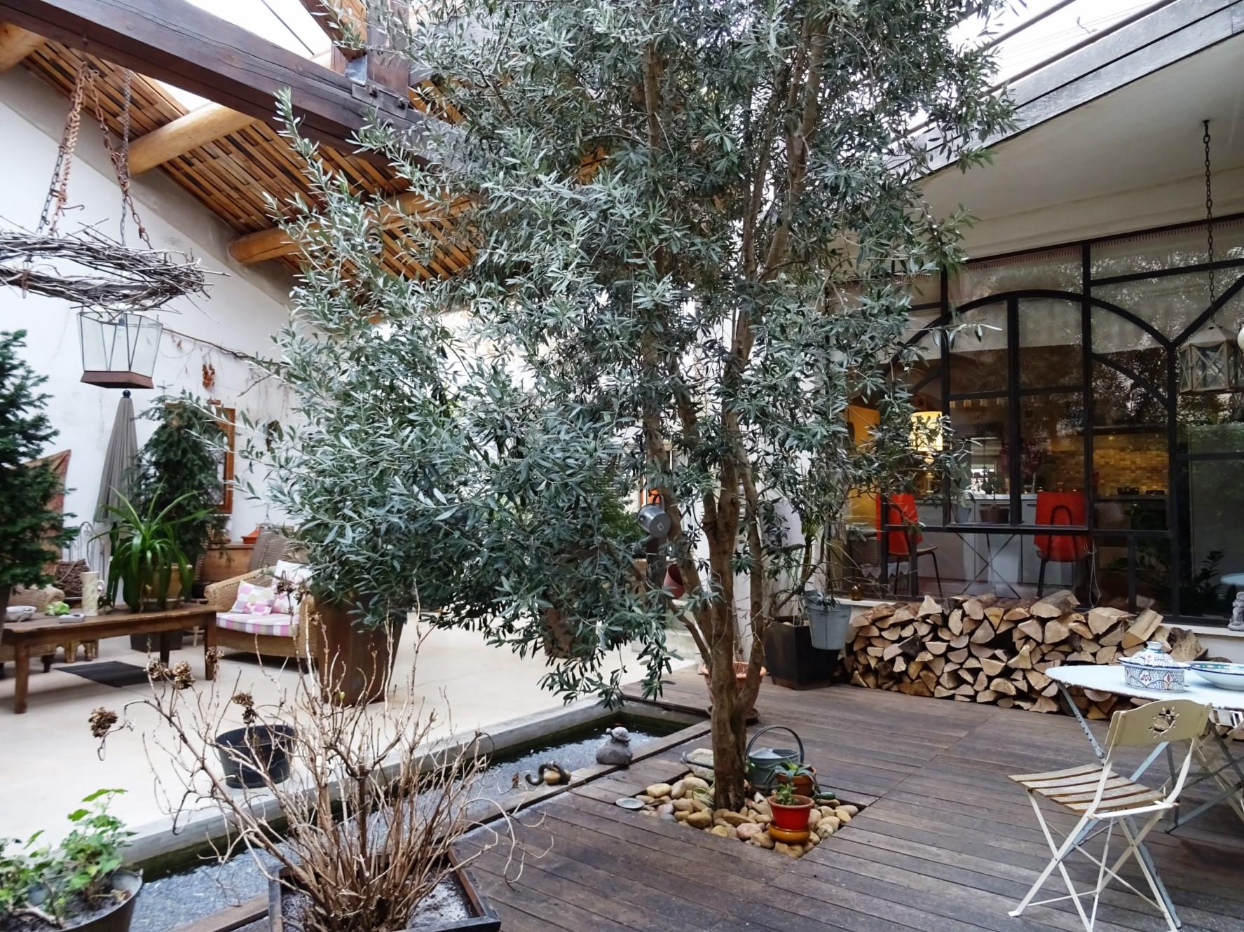 Propriété de charme avec cour intérieure en Provence