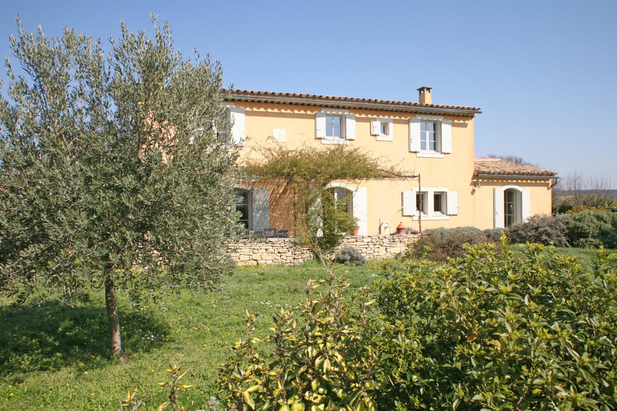 Maison avec jardin et vue en Luberon