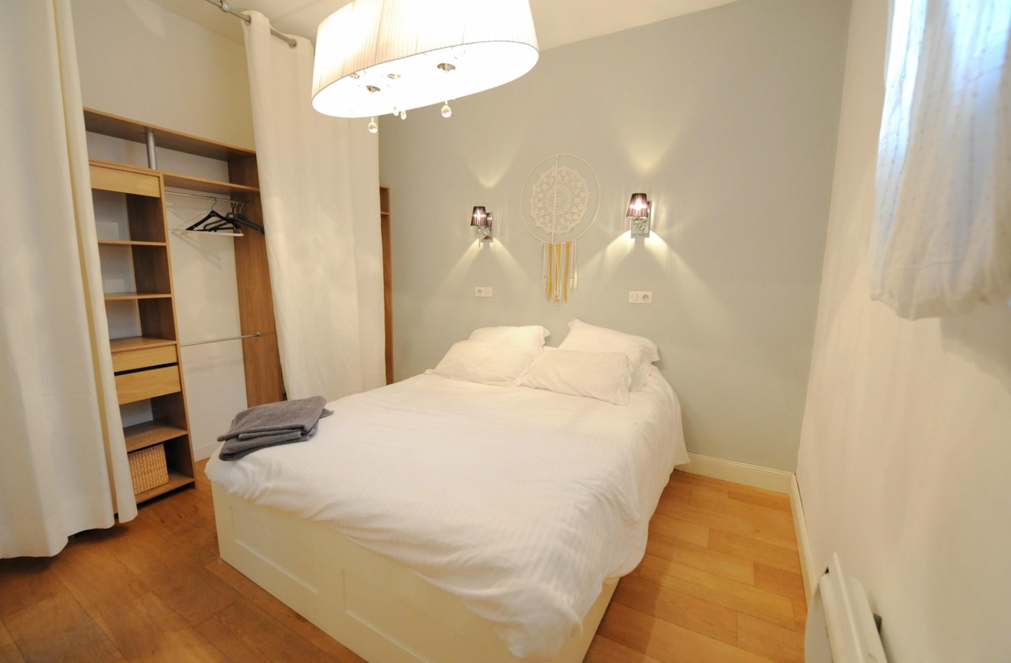 Avignon Intra-Muros, maison avec toit terrasse et garage à vendre