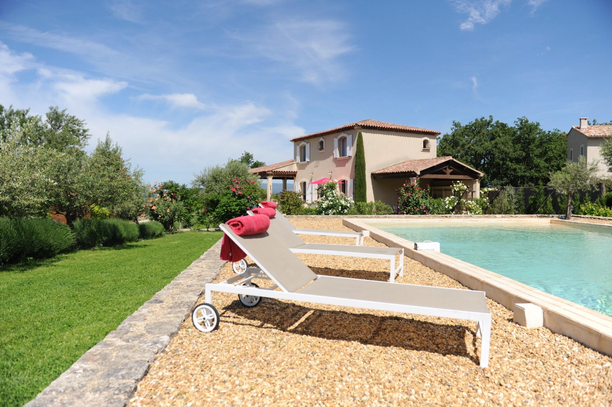 Bastide avec piscine en Luberon