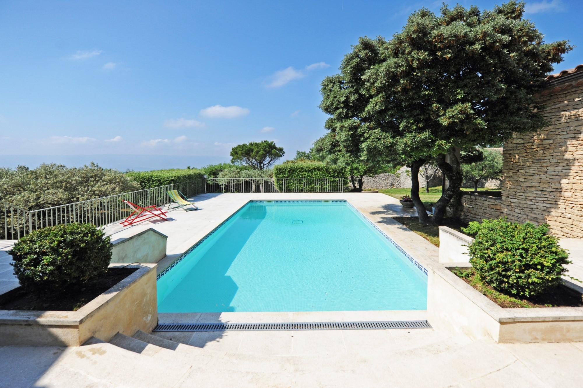 Belle maison avec piscine à Gordes