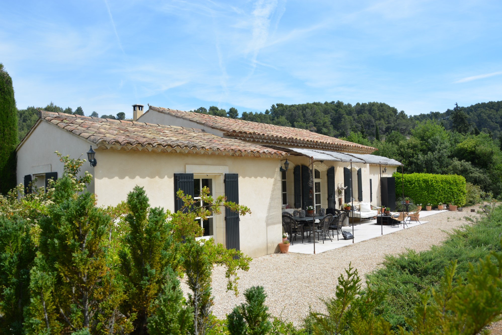 Villa moderne avec piscine à vendre dans le Parc du Luberon