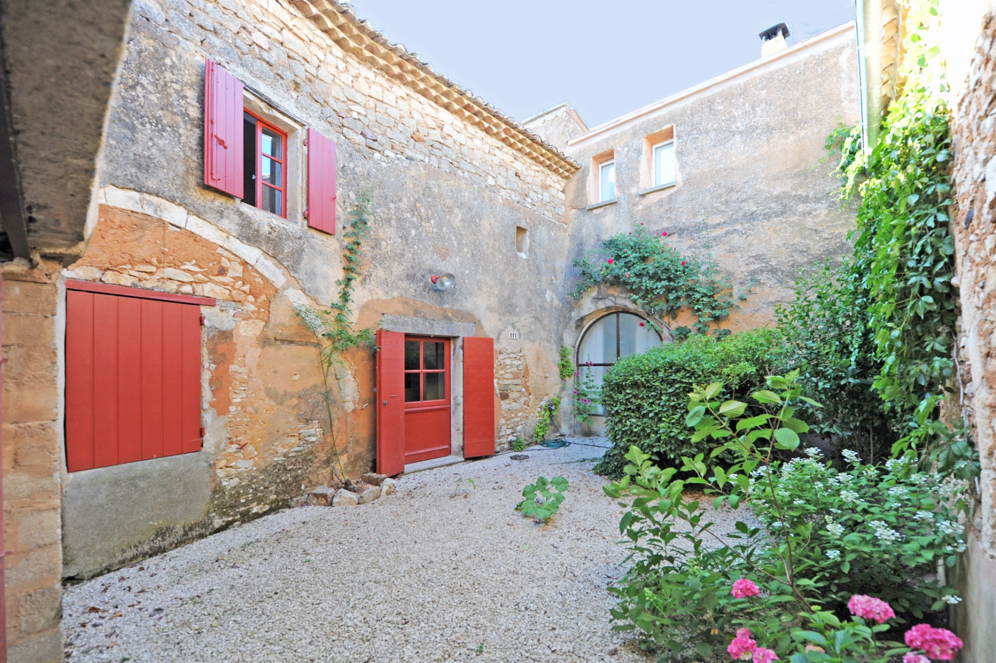 Maison avec cour en Provence