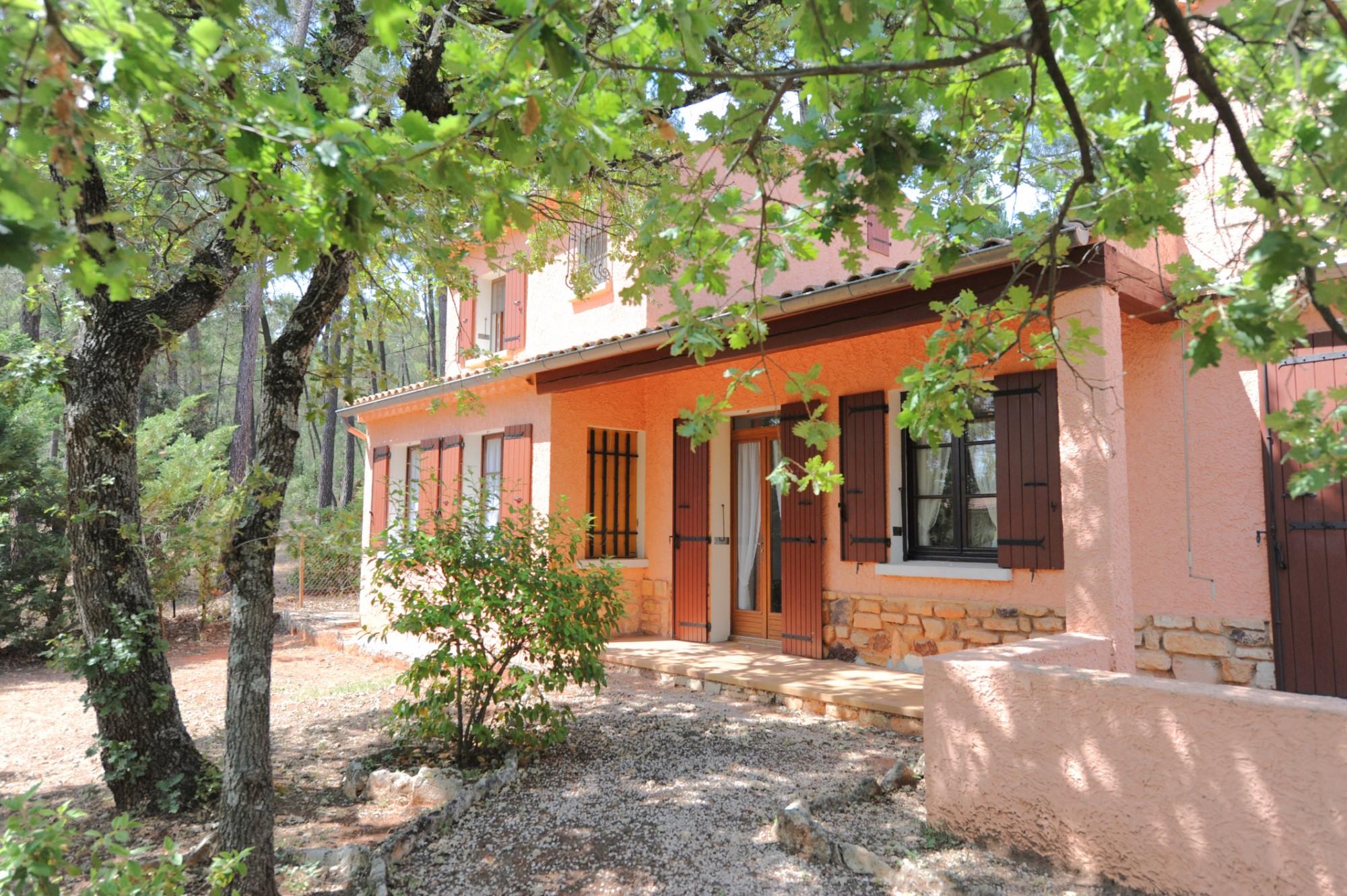 Maison de village à Roussillon