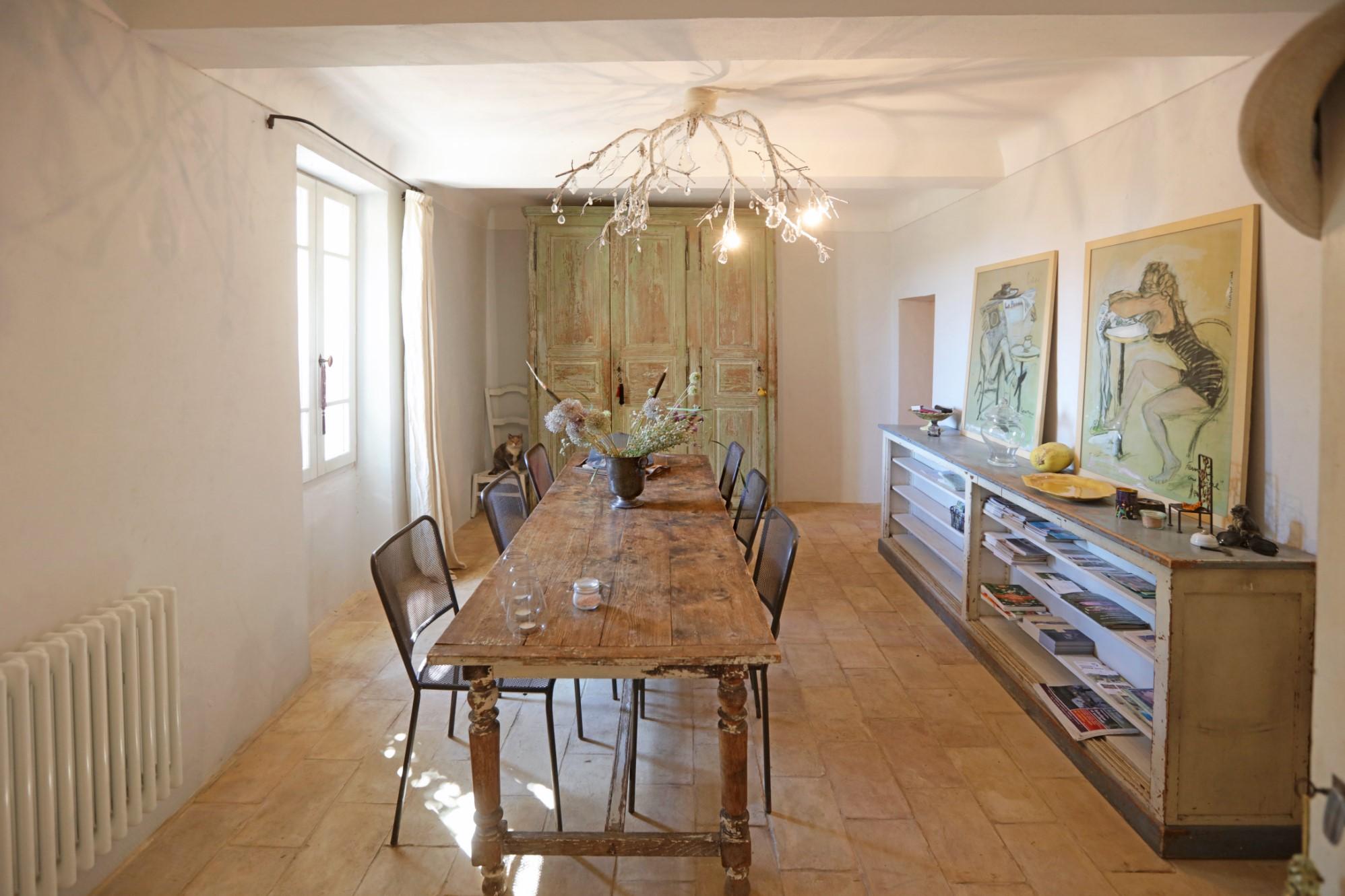 A vendre au cœur du Luberon, ancien mas restauré en belle campagne