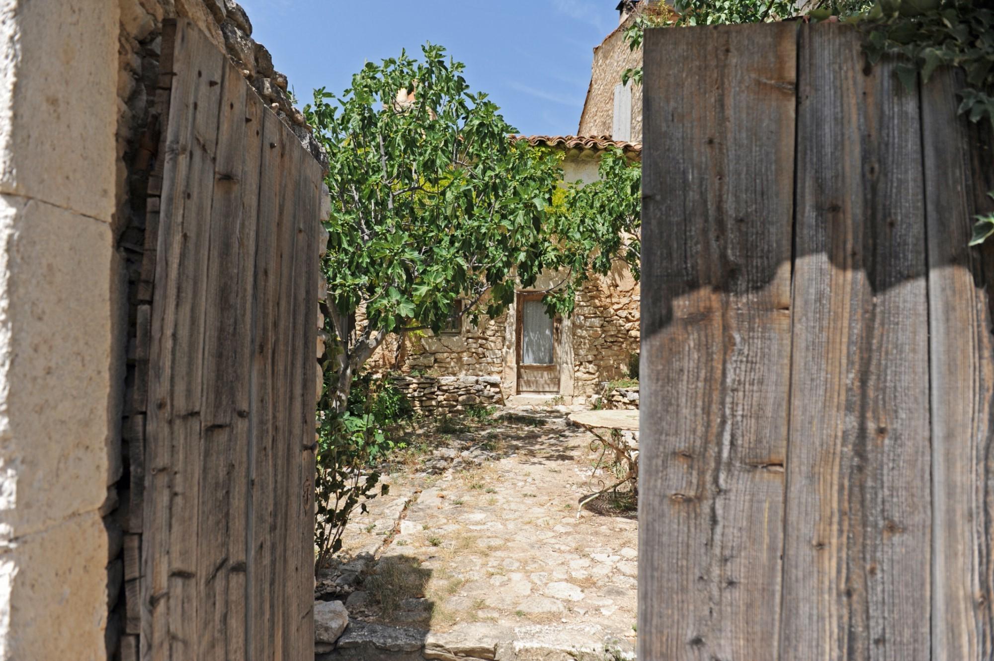 Nid d'aigle : ancienne bergerie rénovée