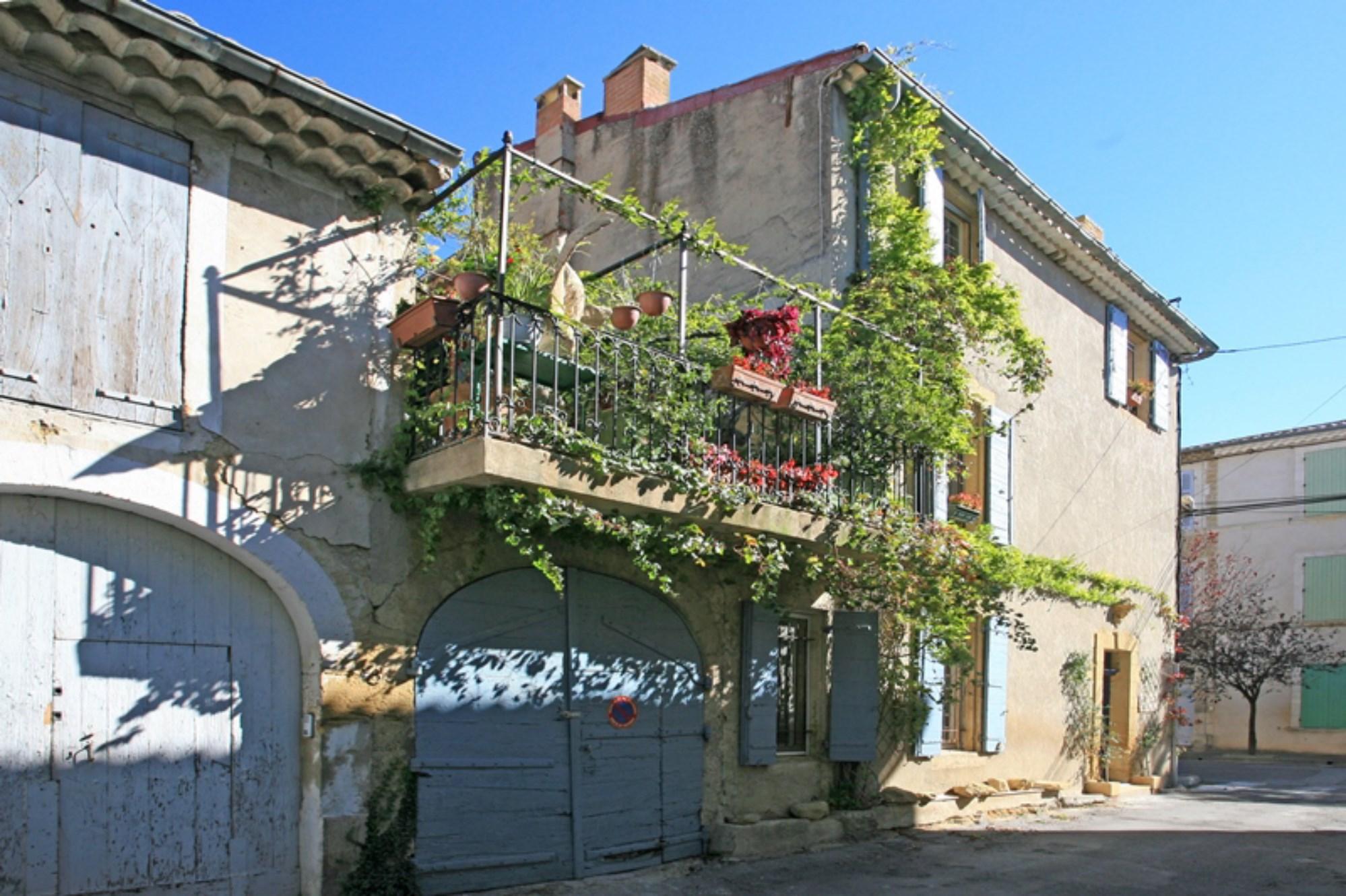 A vendre en Viager, maison de Maître du XIXe siècle sur Lauris, Luberon