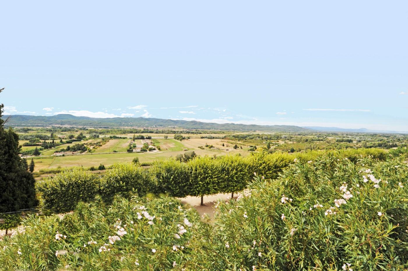 Proche Lourmarin : authentique maison de village rénovée