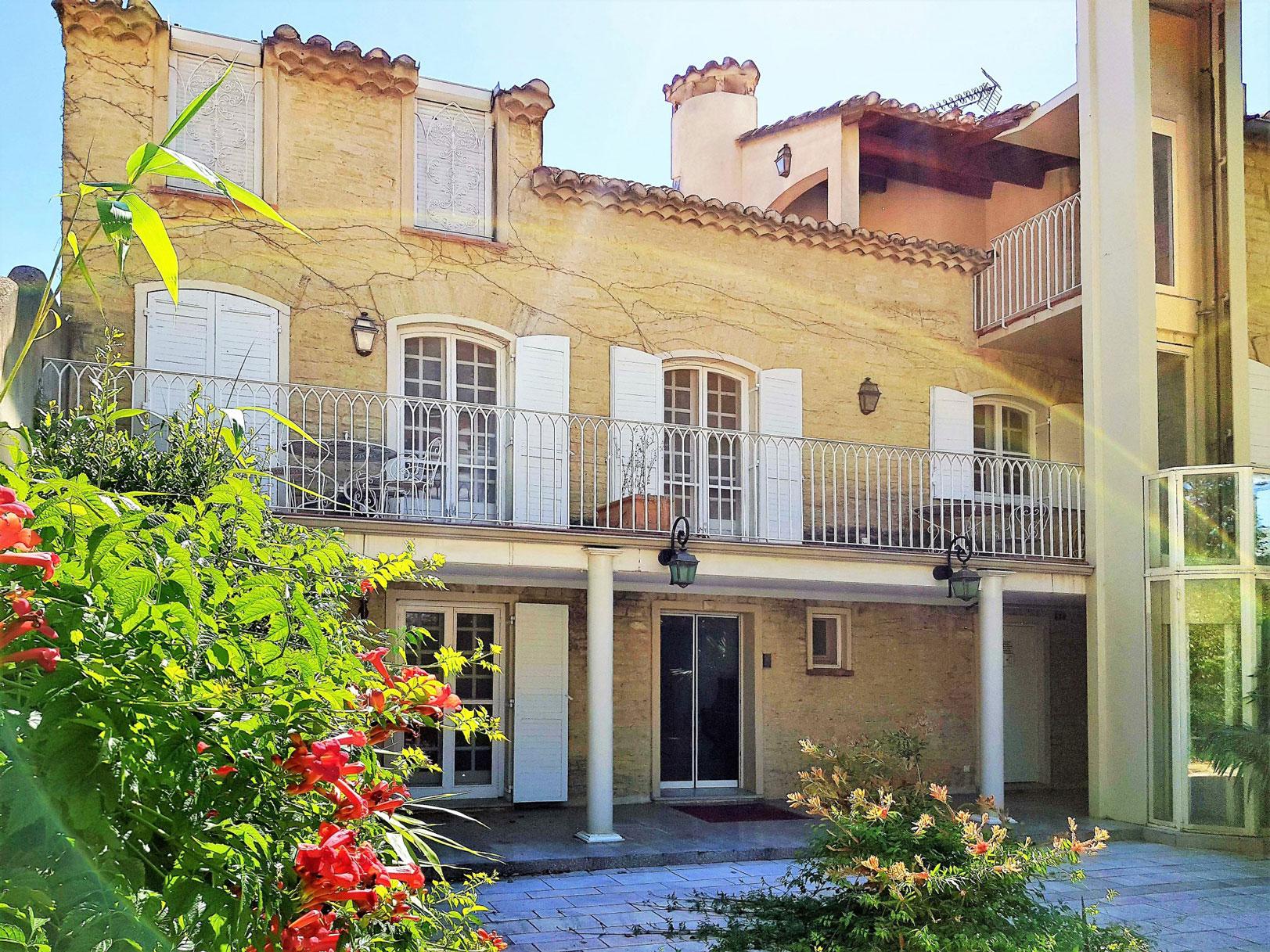 Avignon Sud - Maison avec ascenseur