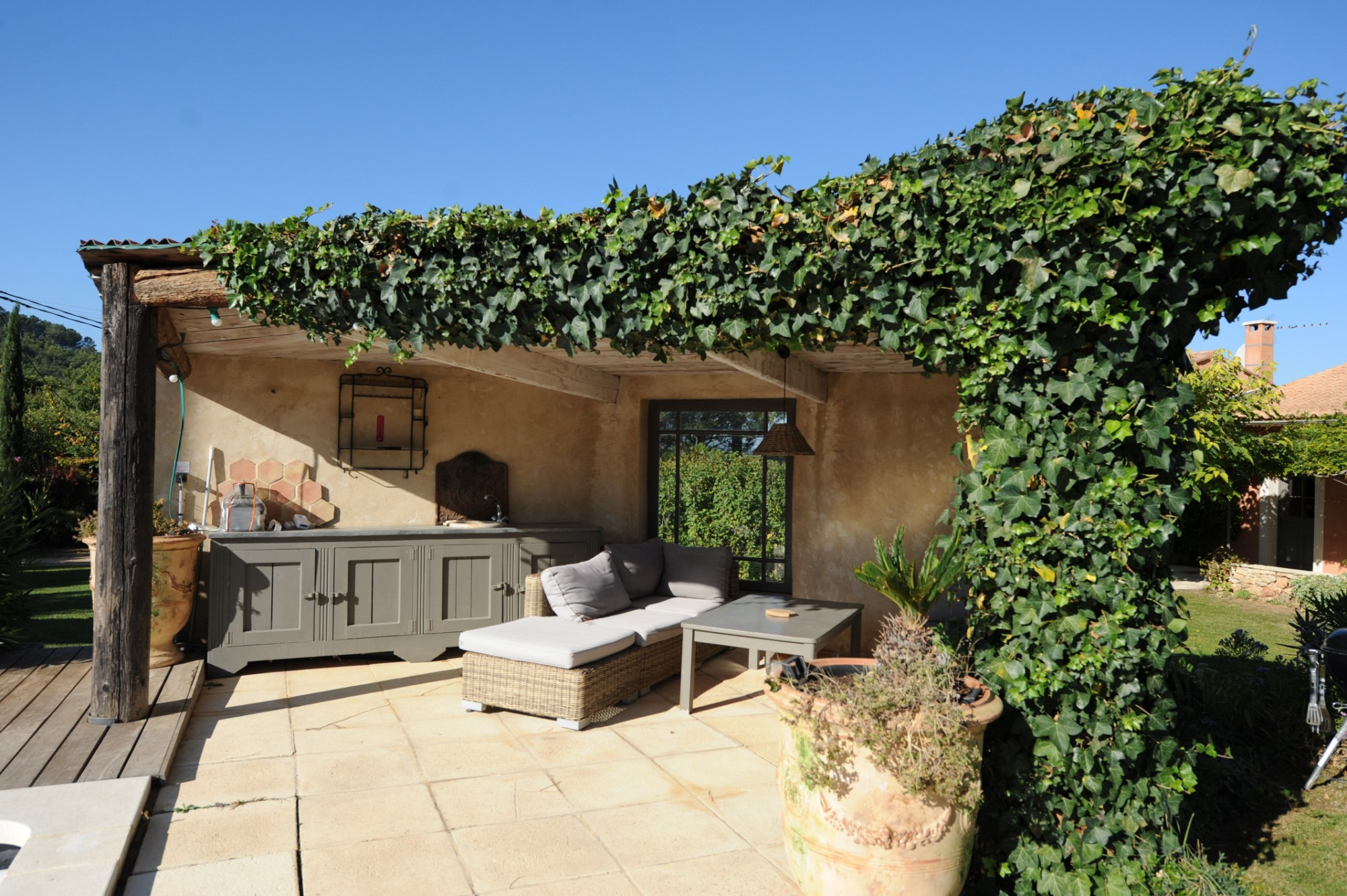 Roussillon : belle situation pour cette villa tout confort