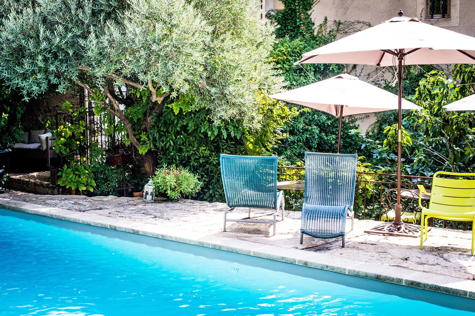 Ventes magnifique maison de village avec piscine et terrain en terrasse agence rosier - Piscine et terrasse ...