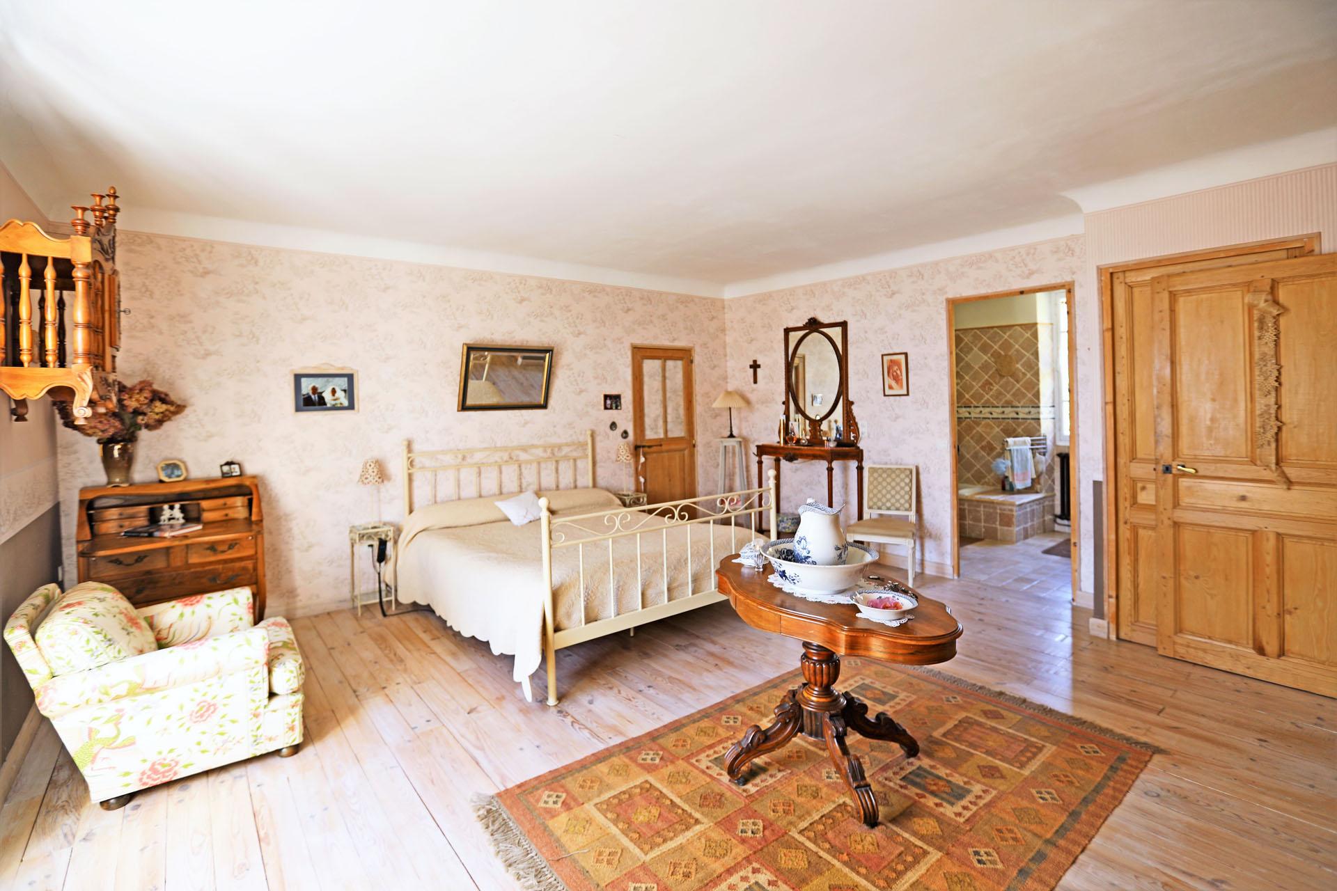 Maison de village en Luberon  avec cour privative