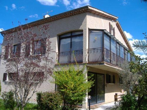 ventes alpes de haute provence maison avec piscine garage etc agence rosier. Black Bedroom Furniture Sets. Home Design Ideas
