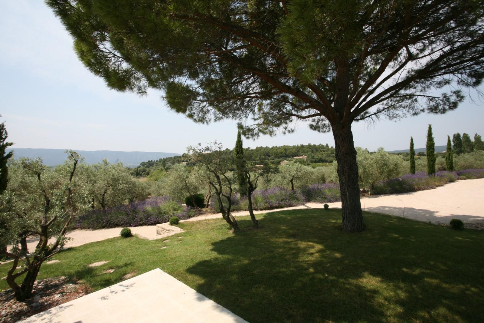 Proche des pittoresques villages de Provence
