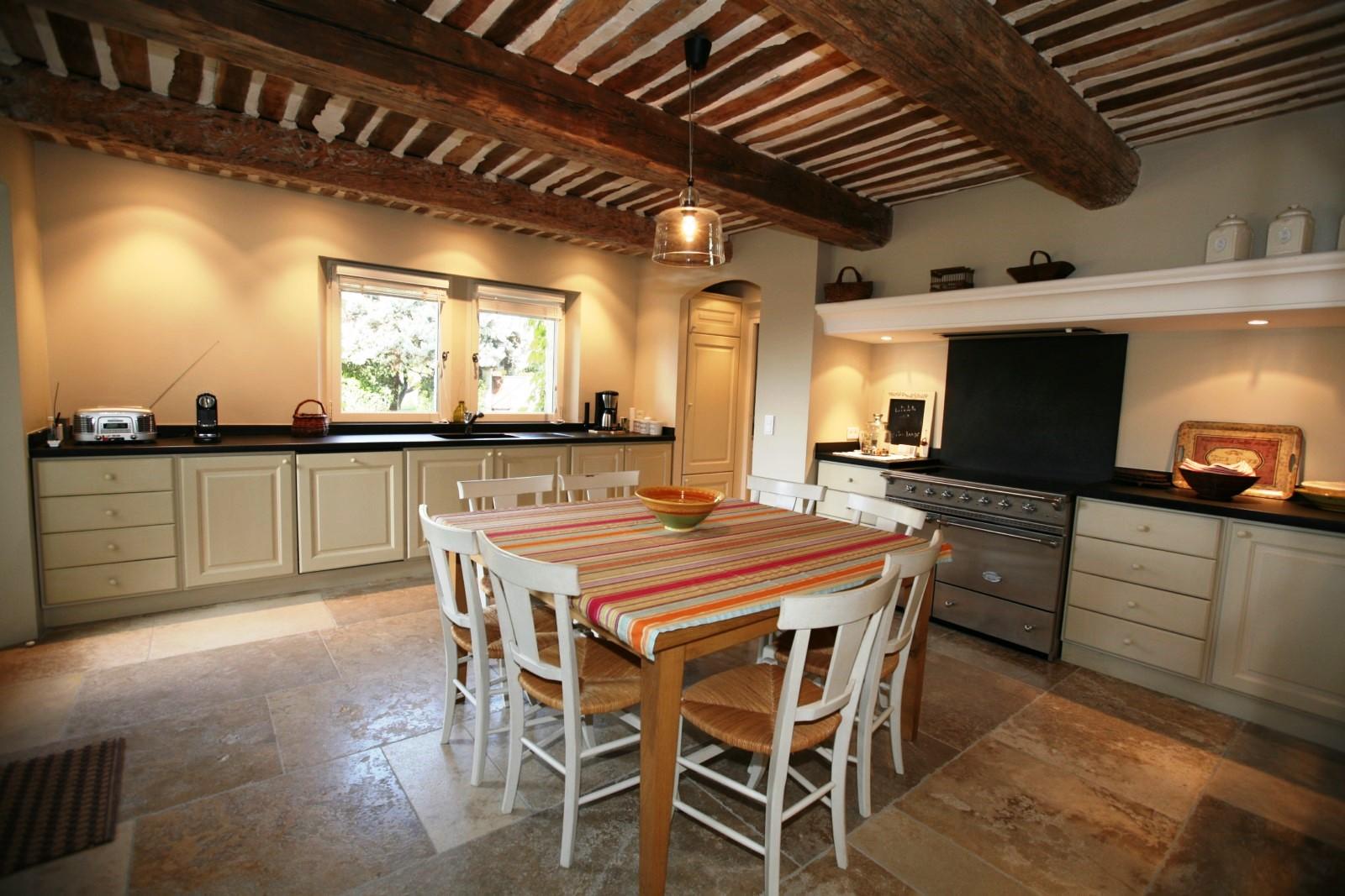Cuisine à vivre pour mettre à l'honneur la cuisine Provençale