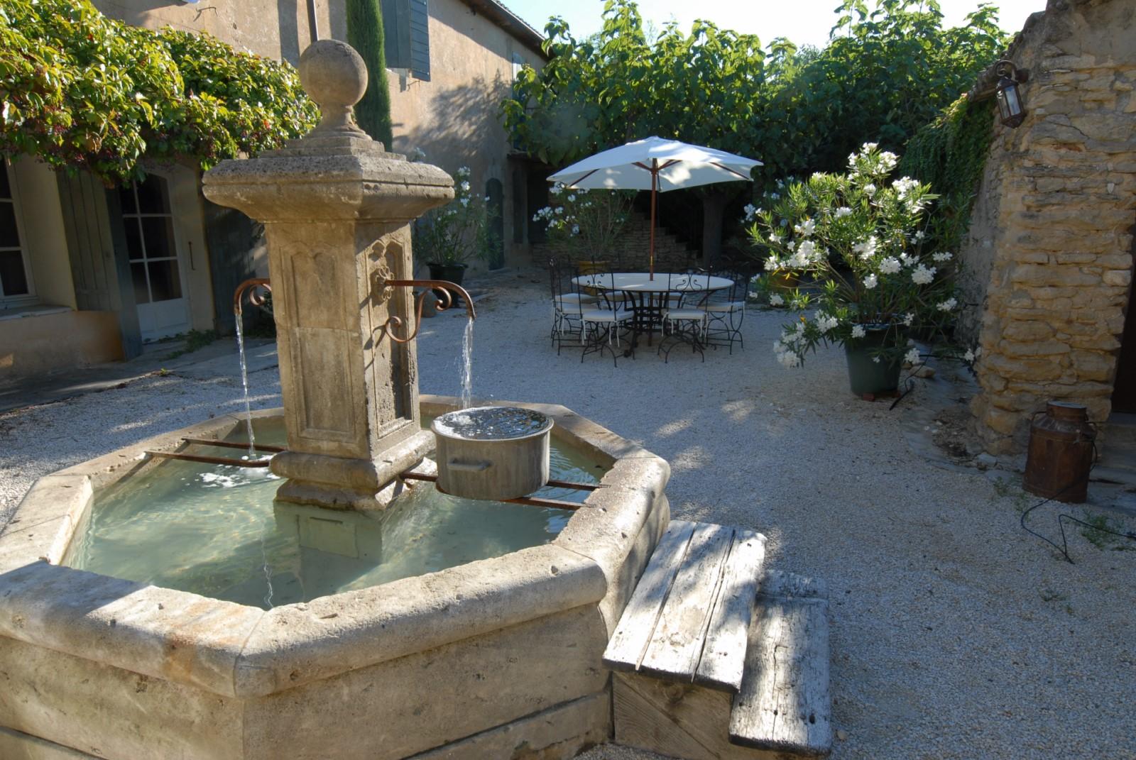 Belle maison en location en Provence