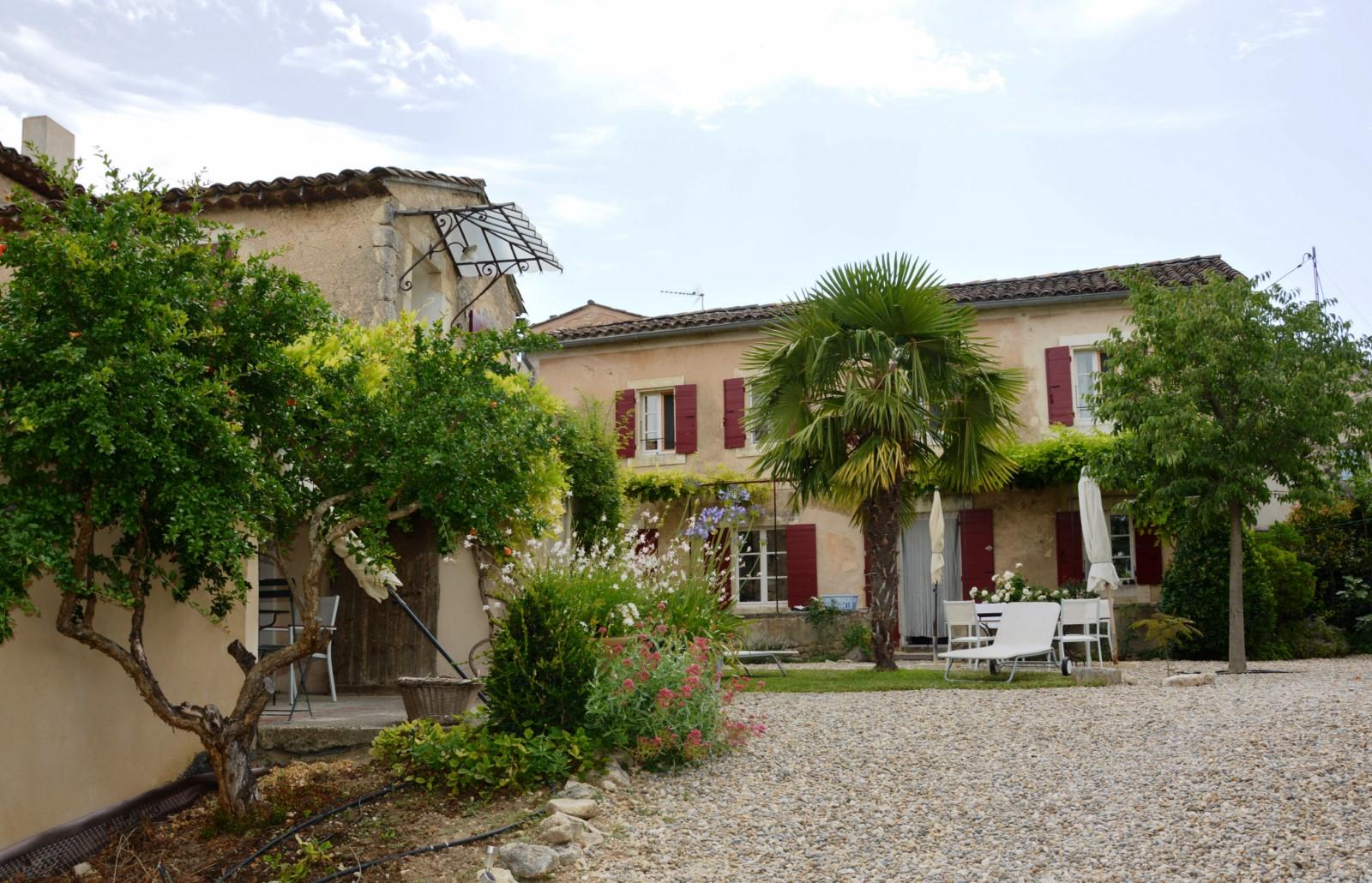 A louer, proche de Goult en Provence