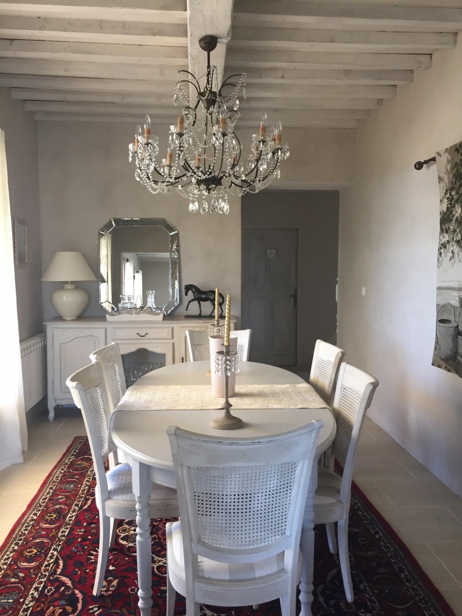 A louer à Gordes,  face au Luberon, maison de charme en pierres