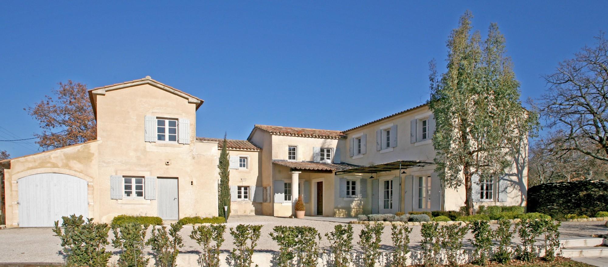 Belle maison traditionnelle à louer proche de Goult et Ménerbes