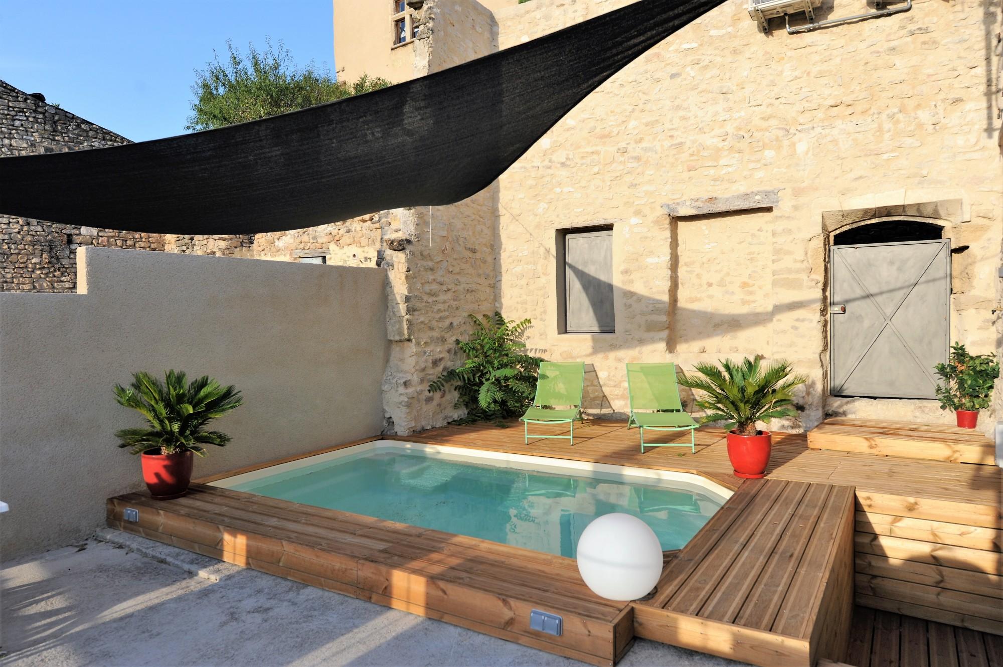 maisons de vacances louer luberon monts de vaucluse maison de village avec piscine et vue - Location Villa Avec Piscine Luberon