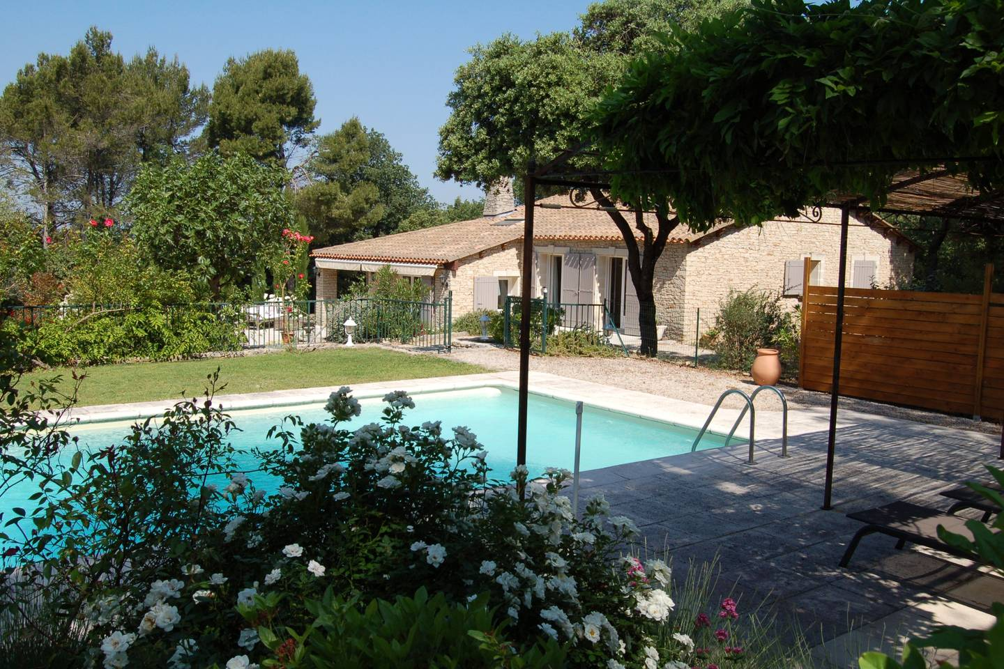Luberon near the village of lacoste recent house with - Houses to rent in uk with swimming pools ...