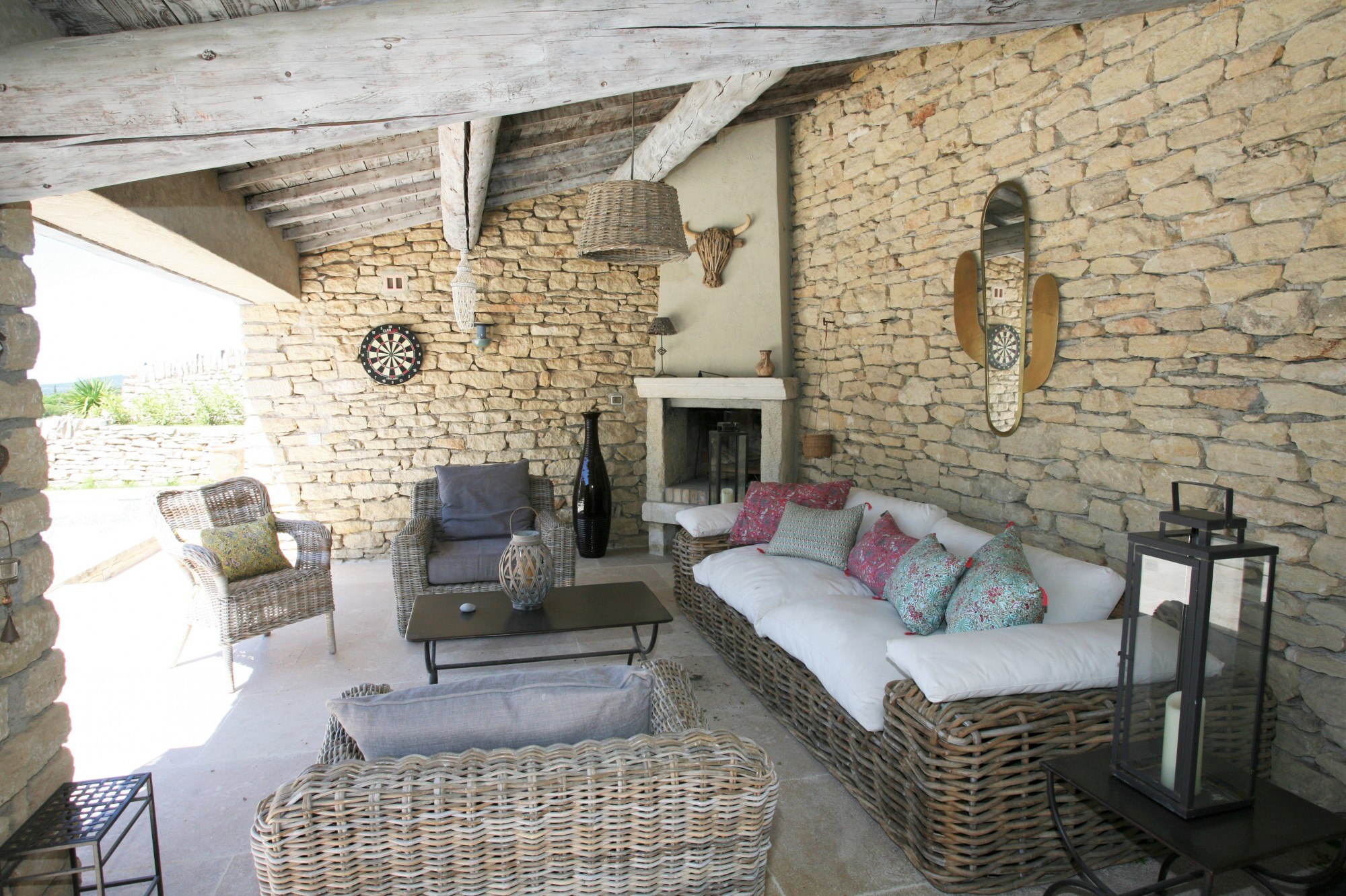 Fantastic Summer Rental On Gordes A Few Minutes Walk From The Village Home Interior And Landscaping Synyenasavecom