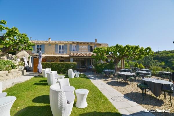 hôtel et restaurant à Gordes