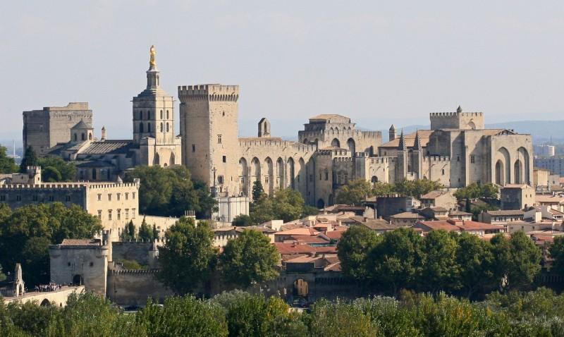 Le Palais des Papes, depuis Villeneuve les Avignon