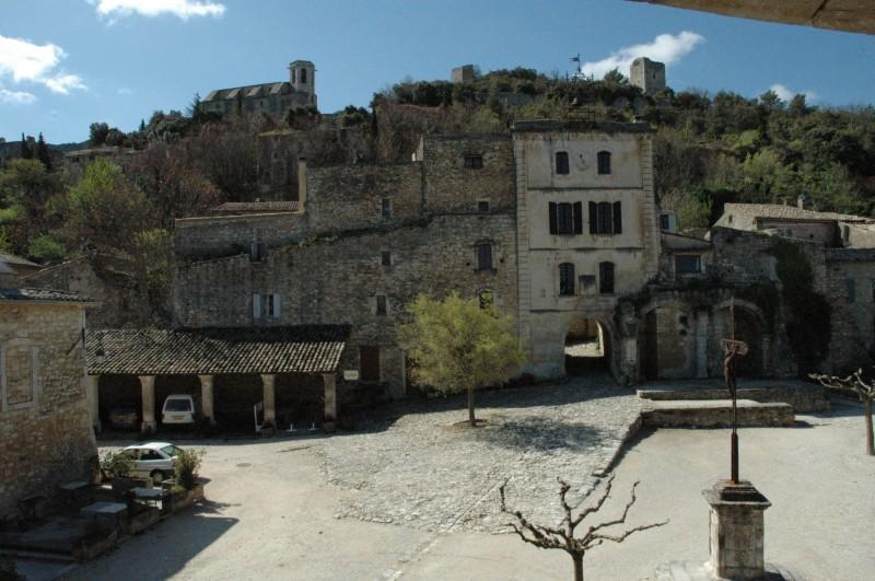 Oppède-le-vieux, village du Luberon