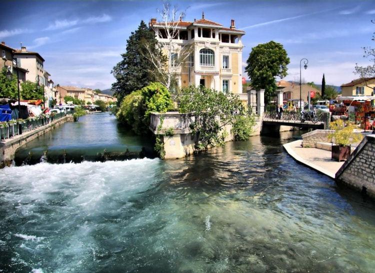 L 39 Isle Sur La Sorgue La Venise De Provence Agence Rosier