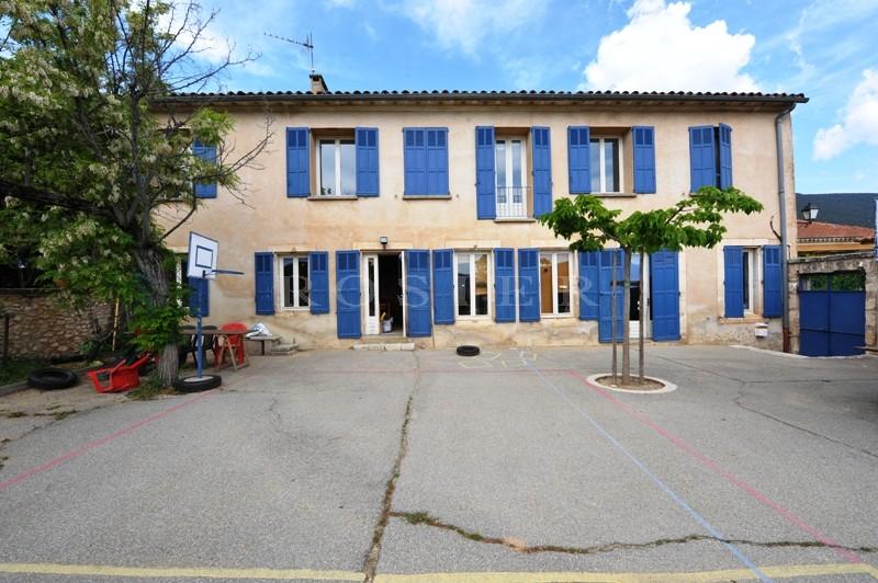 Ventes maison de village entre monts de vaucluse et for Agence de maison