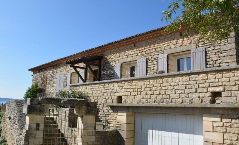 Maison en pierre avec vue à vendre en Luberon