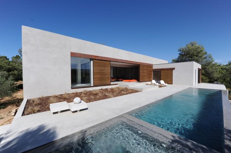 Maison contemporaine à vendre en Luberon
