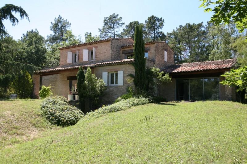 Maison spacieuse à vendre en Luberon
