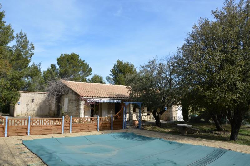 Ventes maison avec piscine vendre dans le luberon for Camping dans le luberon avec piscine